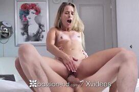 Videos de sexo caseiro gratis com a magrinha que da a xoxota apertada